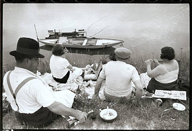 Juvisy, Francia (1938, Cartier-Bressin)