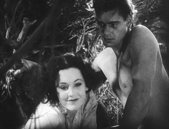 Tarzan_the_Ape_Man_(1932)_Trailer_-O'Sullivan_&_Weissmuller