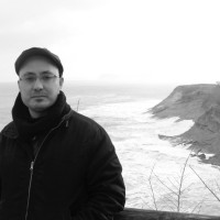 Entrevista a Rubén Sánchez Trigos, autor de «Bajo el barro»